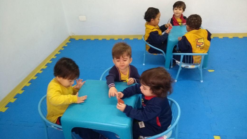A educação infantil organizou alguns dos seus melhores momentos do dia a dia, priorizando o desenvolvimento de habilidades que são fundamentais na infância.